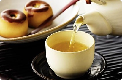 妊婦さんは緑茶に注意?緑茶を飲むベストなタイミングとは?